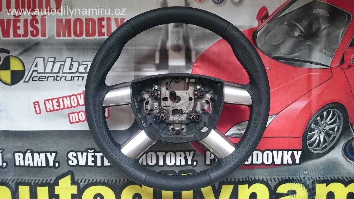 Volant Ford Focus II chrom