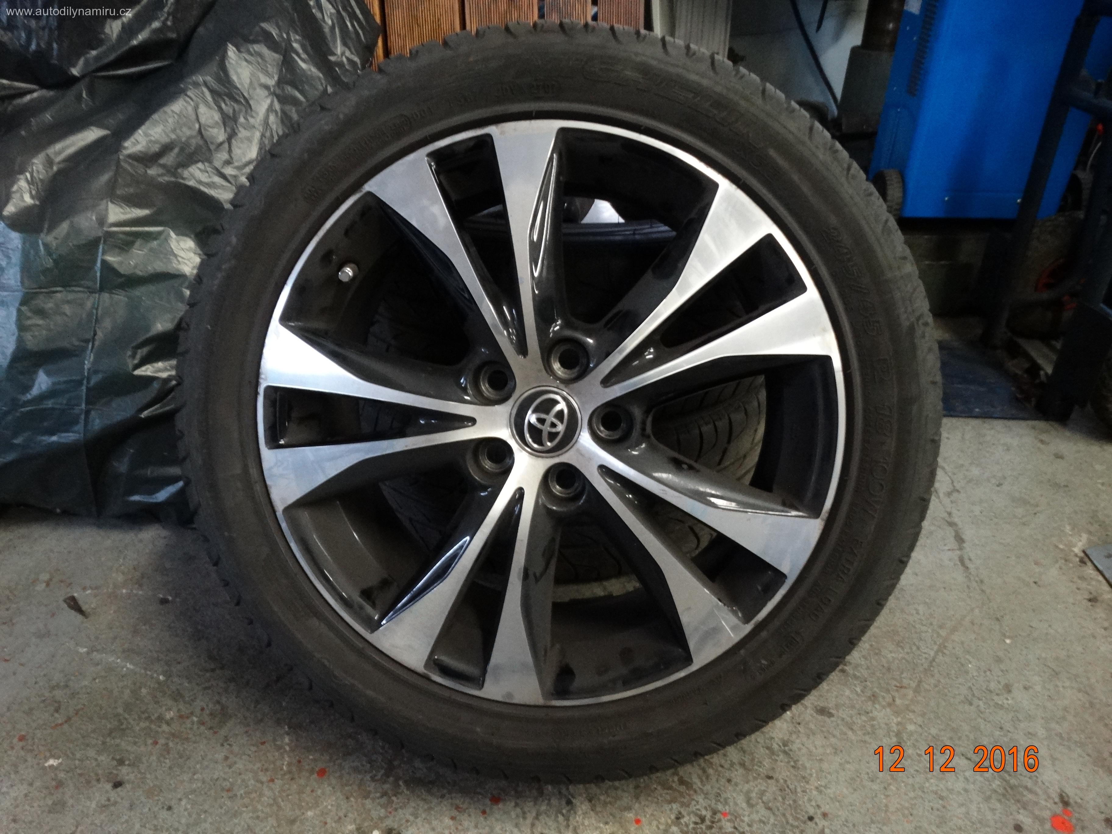 """Toyota Rav 4 alu kola 5*114,3 18"""" včetně pneu"""