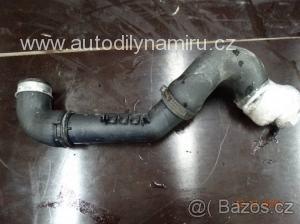 VW Passat B6 hadice intercooler 3C0 145 762 AM